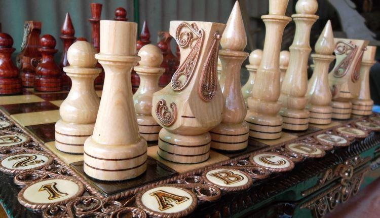 Резные шахматы