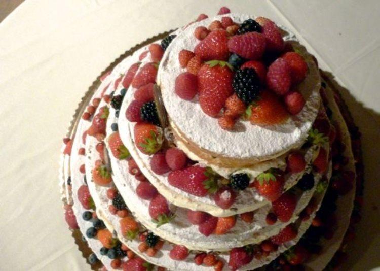 Свадебный сладкий пирог