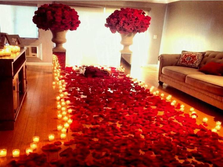 Дом в розах