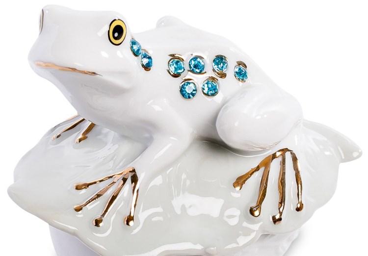 Фарфоровая лягушка