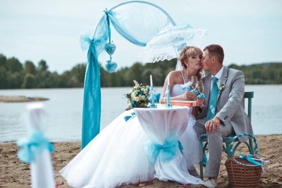 Бирюзовая свадьба – совершеннолетие семьи