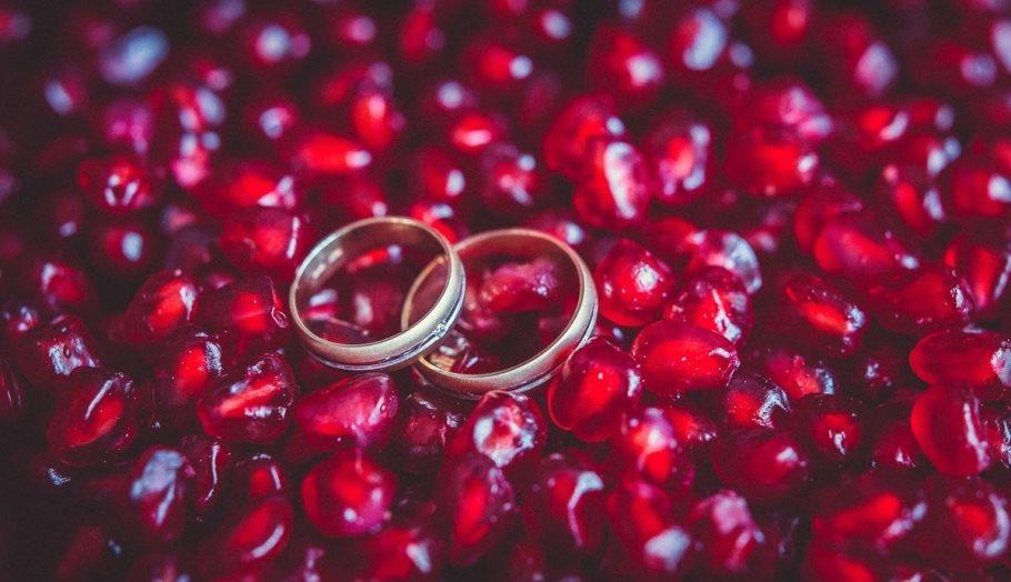 Гранатовая свадьба – яркий семейный праздник с гиацинтовым ароматом