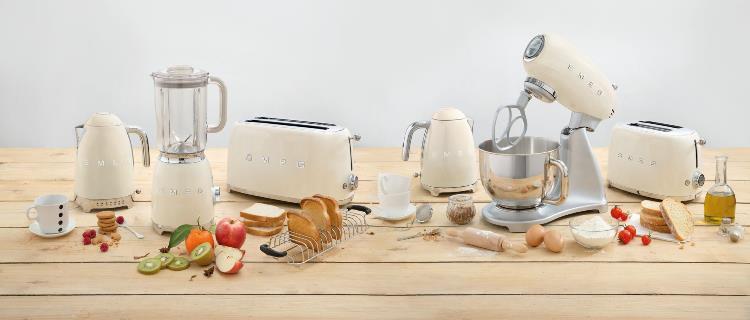 Кухонная техника и посуда