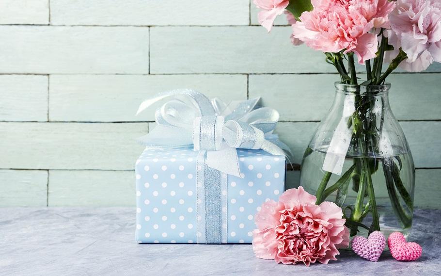 Выбираем подарок маме на юбилей 70 лет от дочери и сына