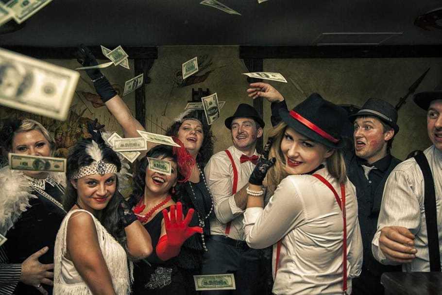 Собираем вечеринку в стиле гангстеров – веселый сценарий